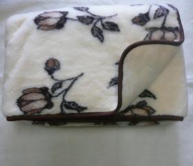 Kołdra wełniana – róża mała