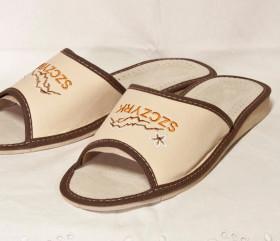 Pantofle skórkowe – damskie – haft