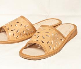 Pantofle skórkowe – damskie – naturalne