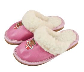Pantofle skórkowe – damskie – różowe