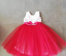 Sukienka dziecięca z tiulem